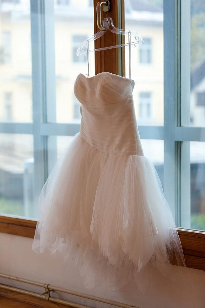 lake bled wedding dress