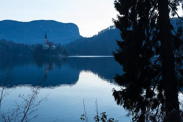 lake bled on christmas eve