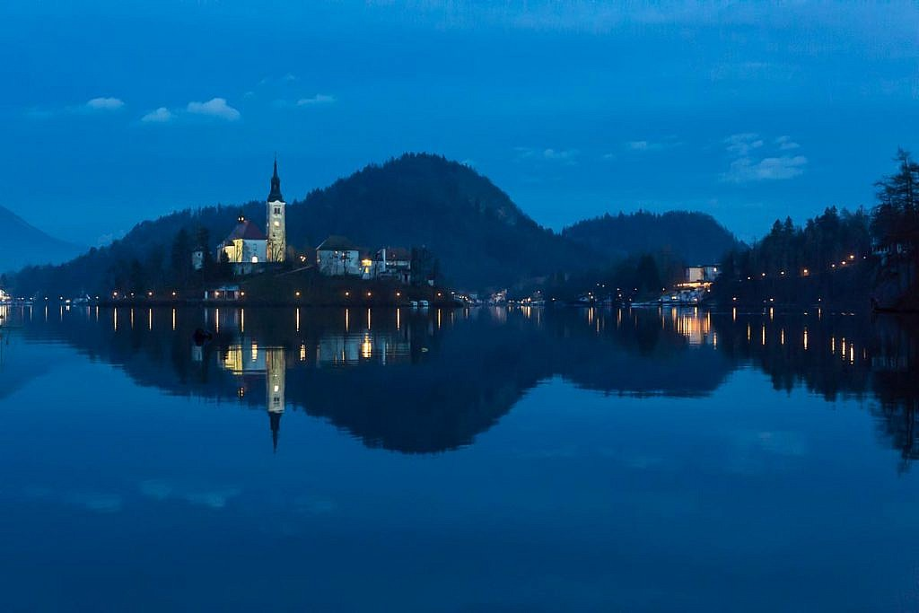 lake bled christmas eve
